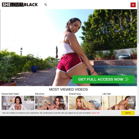 shelovesblack.com